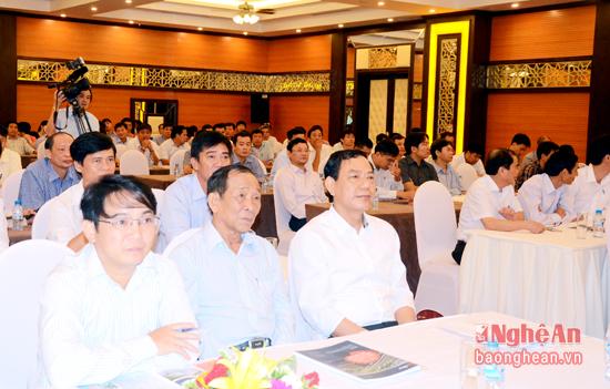 Lãnh đạo Sở GTVT tham dự hội thảo
